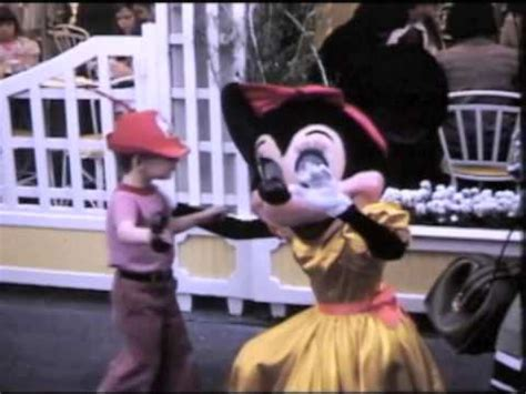 disneyland 1974 - YouTube
