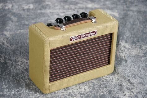 Fender Mini 57 Twin-Amp Tweed | Keymusic