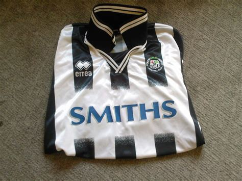 Forest Green Rovers Home Maillot de foot 2005 - 2006