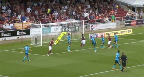 Goalkeeper makes three saves in two seconds, frustrating