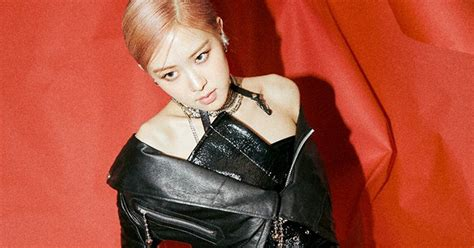 BLACKPINK's Rosé Fans Can't Get Over How Sexy She Looks In