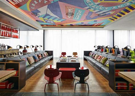 citizenM collaborate with Smartify to add value to their