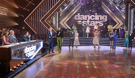 Dancing with the Stars 28: Week 7 Halloween and team