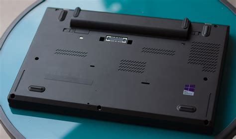 An Ultrabook that works with your projector: Lenovo T450s